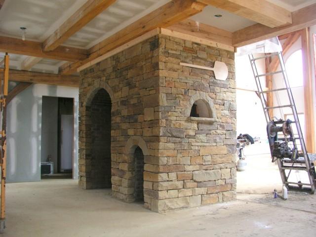 Сделано: 6 каменных арок и около 23 кв.м. облицовочной каменной кладки.  Оглядываясь назад, я думаю...